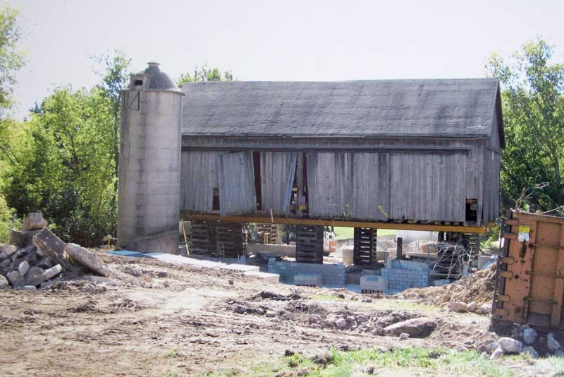 barn-before